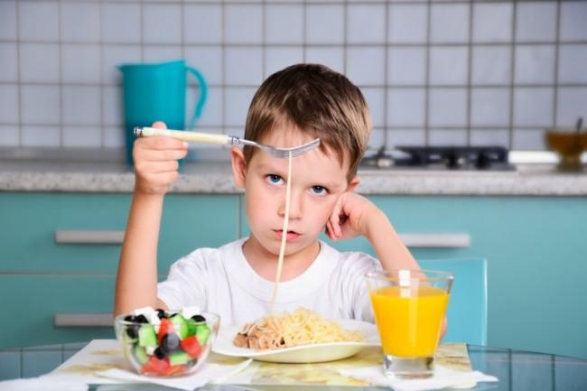 накормить ребенка