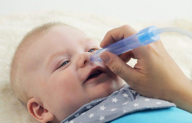 как почистить нос грудному ребенку от соплей