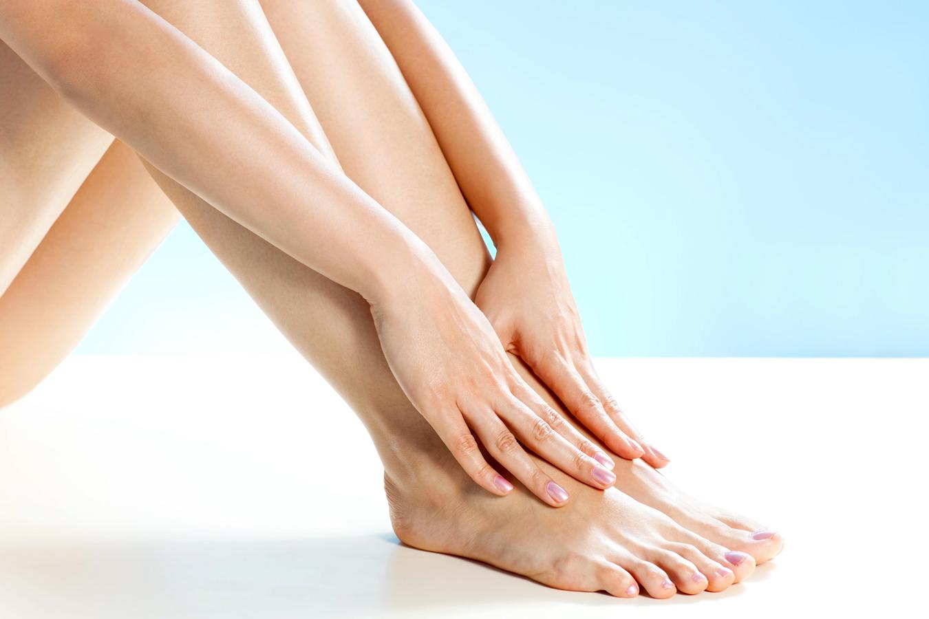 Почему отекают ноги после родов